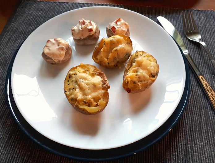 Gefüllte Ofenkartoffeln