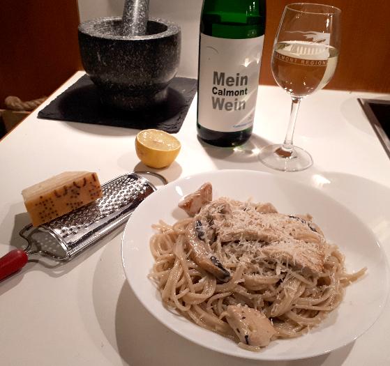 Pasta an Rieslingrahm