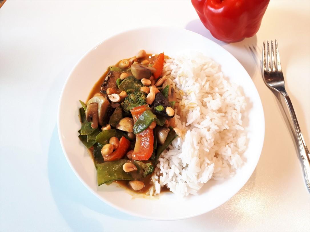 Gemüsecurry mit Reis neu