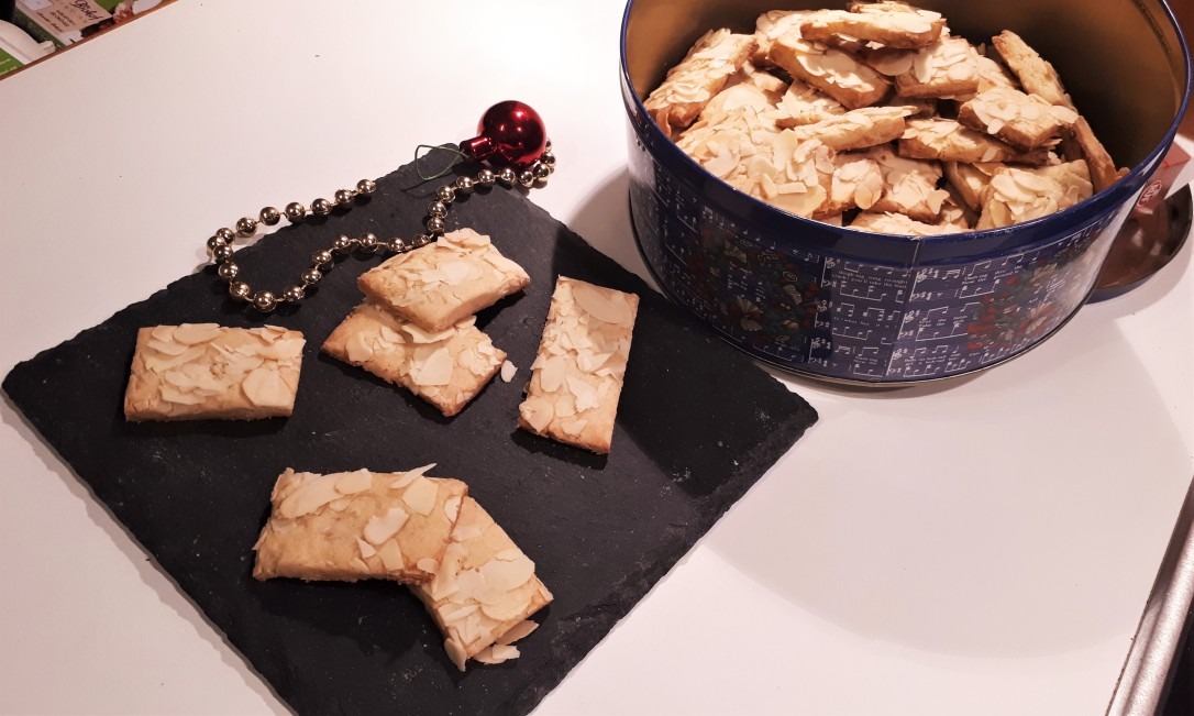 Marzipan-Mandel-Plätzchen