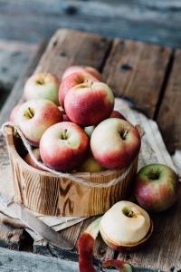 apples-2044037_1920(1)
